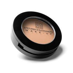 Esistono due versioni di fondotinta Stefania D'Alessandro Make-Up: In crema In polvere Il fondo in crema professionale Stefania D'Alessandro Make-Up è il frutto di una lunga ricerca. È un prodotto …