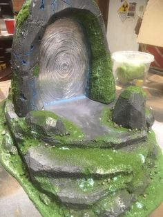 Webway portal world lizardmen Aos Sigmar warhammer fantasy green grass foam land xps insulation rocks travel skirmish Tabletop Rpg, Tabletop Games, Dungeons And Dragons, Foam Carving, Warhammer Terrain, Game Terrain, Wargaming Terrain, Halloween Village, Fantasy Miniatures