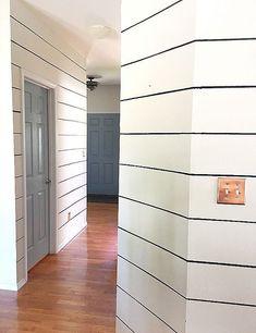 DIY Fake Shiplap with Paint to Make Hallways Look Wider Shiplap Paneling, Faux Shiplap, Fake Walls, House Of David, Ship Lap Walls, Diy Home Decor, Room Decor, Hallways, Diy Wall