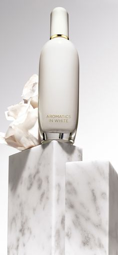 Captivate with the subtle nodes of Aromatics in White by Clinique