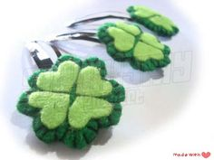 clover hair clip