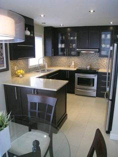 Glorious Kitchen remodel ideas small,Kitchen design cabinet layout and Kitchen layout design help. Kitchen Ikea, Kitchen Redo, New Kitchen, Kitchen Interior, Kitchen Backsplash, Backsplash Ideas, Vintage Kitchen, Country Kitchen, Condo Kitchen
