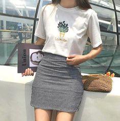 Look at this Stylish korean fashion trends K Fashion, Ulzzang Fashion, Korea Fashion, Asian Fashion, Fashion Outfits, Fashion Design, Fashion Ideas, Skater Fashion, Fashion Hacks