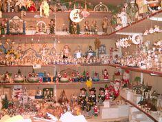 Auf dem Dresdner Weihnachtsmarkt, Erzgebirgische Handarbeit