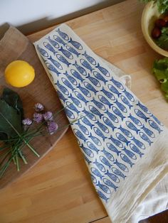 Fish Print Kitchen Towels, Set of 2 by The High Fiber on Scoutmob Flour Sack Towels, Tea Towels, Fish Handprint, Fish Illustration, Fish Print, Fish Design, Cute Mugs, Home Decor Inspiration, Decor Ideas