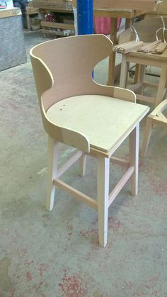Just a bit of Royal Furniture, Diy Furniture, Furniture Design, Wood Chair Design, Sofa Design, Diy Sofa, Diy Chair, Luxury Dining Tables, Dining Chairs