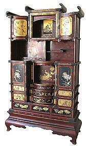Japanese Large Lacquer and Inlay Shodana Tansu