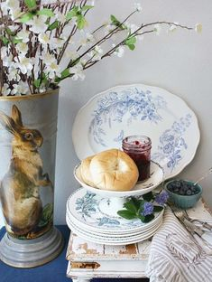 My best tips for setting a beautiful, personal French Country Easter table. This tablesetting works for a crowd or for a cozy gathering of the two of you. Breakfast Table Setting, Easter Garden, Shady Tree, Garden Types, Easter Celebration, Easter Table, Beautiful Gardens, French Country, Garden Design