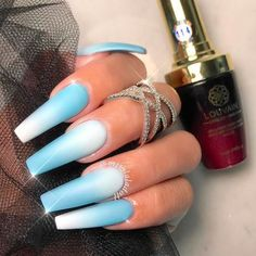 Classic Blue and White Ombre Combo For Coffin Nails ❤ 35+ Magnificent Coffin Nails Designs You Must Try ❤ See more ideas on our blog!! #naildesignsjournal #nails #nailart #naildesigns #nailshapes #coffinnails #balerinanails #coffinnailshapes Latest Nail Art, New Nail Art, Cool Nail Art, Spring Nail Trends, Spring Nails, Summer Nails, Coffin Shape Nails, Top Nail, Nail Arts