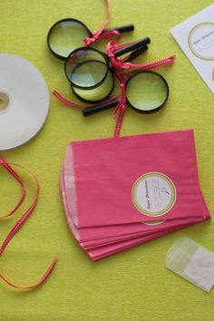 DIY Detective Invitations: Must Use the magnifying glass to see the small message.