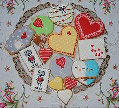 Surtido de galletas para San Valentín decoradas con glasa