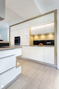 Nowoczesna kuchnia www.aik.com.pl - zdjęcie od Aik Kuchnie white kitchen | minimalism | modern | luxury | wood |