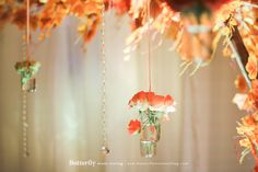 While autumn will not always be here, you can always recreate your favourite season of the year for your wedding day – even if it is summer in where you are. Here are some beautiful ideas to know how!  on http://www.bridestory.com/blog/for-the-love-of-autumn