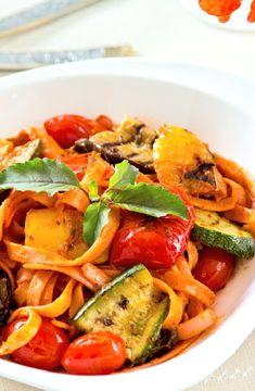 Tagliatelle with vegetable ragu -- Low FODMAP Recipe and Gluten Free Recipe #lowfodmaprecipe #glutenfreerecipe #lowfodmap #glutenfree http://www.ibs-health.com/low_fodmap_tagliatelle_vegetable_rafu1211.html