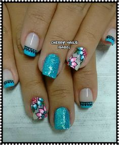 Cute Summer Nail Designs, Cute Summer Nails, Fun Nails, Fingernail Designs, Flower Nails, Beautiful Nail Art, Triangles, You Nailed It, Beauty Hacks
