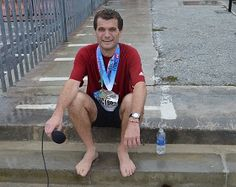 Orthopaedic Surgeon Completes Race Barefoot | Bernews.com