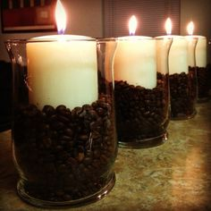 Coffee Bean Candle Vases - Using vanilla scented candles makes for a coffee-vanilla aroma once the beans are heated up. Beans Candles, Diy Coffee Beans, Coffee Beans And Candles, Diy Cheap Apartments Decor, Coffee Candles, Scented Candles, Apartments Decor Diy Cheap, Diy Crafts With Coffee Beans, Cheap Diy Home Decor