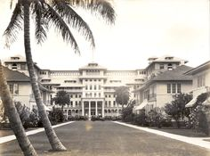 Charming Vintage Photos Show The Waikiki Of Yesteryear.  Moana Surfrider, built in 1901.  $1.50 ..rate per night.