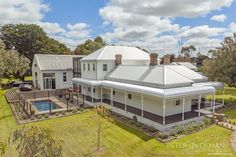 Stunning property, Bellarine, Geelong, outdoor pool, large deck, spacious gardens, lifestyle, rural, Peter Lindeman