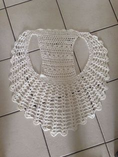 Captivating Crochet a Bodycon Dress Top Ideas. Dazzling Crochet a Bodycon Dress Top Ideas. Gilet Crochet, Crochet Jacket, Crochet Blouse, Crochet Shawl, Crochet Stitches, Knit Crochet, Crochet Patterns, Crochet Vests, Thread Crochet
