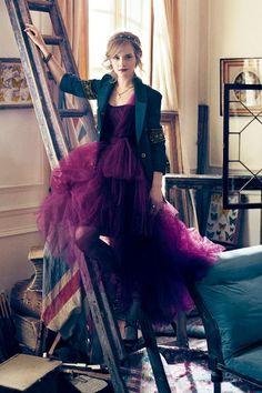 Emma Watson in Teen Vogue – Plus Video | Skinny VS Curvy