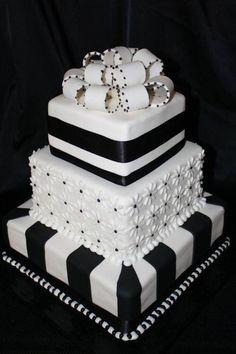 Stunning Black and white cake.