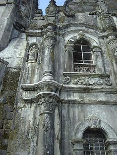 Old Spanish Church, Tagaytay, Philippines. Look at all the details in architecture they put into. Philippine Architecture, Filipino Architecture, Church Architecture, Beautiful Architecture, Filipino Art, Filipino Culture, Beautiful Places To Visit, Wonderful Places, Great Places
