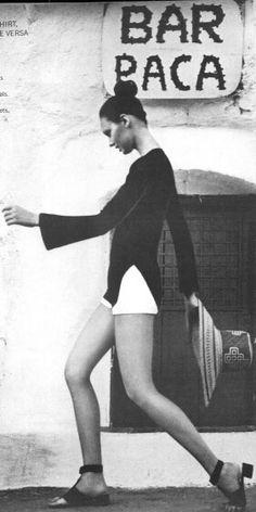 Vogue UK 1971 Lynn Woodruff by Raymundo le Larrain
