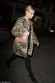 Sienna Miller transforms into a Sixties siren for Poppy Delevingne's 30th birthday bash in London | Daily Mail Online
