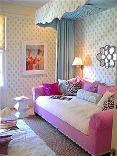 {chic} girl room