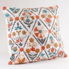 Salemo Pillow
