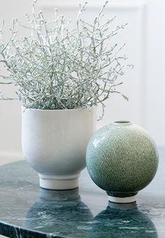 Minimalistic vase named Unico from Kähler.