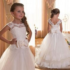 First Communion Dresses For Girls 2016 Scoop Backless Appliques Flower Girls Dress Bows Tulle Ball Gown Pageant Dresses For Little Girls Cheap Flower Girl Dresses, Wedding Flower Girl Dresses, Lace Flower Girls, Little Girl Dresses, Wedding Party Dresses, Bow Dresses, Formal Wedding, Nice Flower, Bridesmaid Dresses