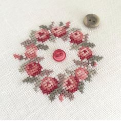 #ручнаяработа #вышивка #handmade #embroidery #crossstitching #crossstitch #flowers Cross Stitch Onoe Megumi