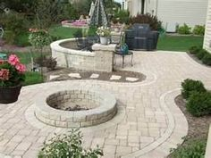 Paver patio, built in firepit