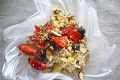 Bircher muesli at Relish Mama Bircher Muesli, Great Recipes, Healthy Recipes, Meatless Monday, Cobb Salad, Acai Bowl, Wellness, Breakfast, Summer