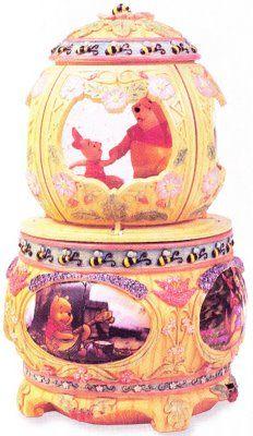 Disney Winnie the Pooh petal snowglobe