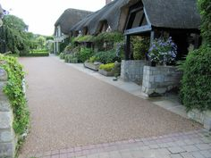 200 square metres Brittany Bronze 10mm aggregate laid by Approved Contractor PRC Landscapes.