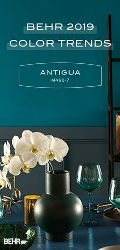 Behr Paint in Antigua is a vibrant shade of teal that pairs well with bright acc… - esszimmer dekoration Green Accent Walls, Accent Wall Colors, Teal Walls, Teal Accents, Green Walls, Green Dining Room, Dining Room Colors, Dining Rooms, Teal Dining Room Paint