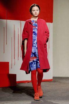 cappotto-rosso-daniela-gregis.jpeg (395×594)