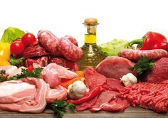 Montegranaro: Pacco famiglia carne composto da: fettine scelte, bollito, salsicce, hamburger, pollo...a soli 29,90 € invece di 49