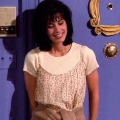 Puede que te creyeras muy moderna por llevar un 'choker', pero Rachel, Mónica y Phoebe se te adelantaron.