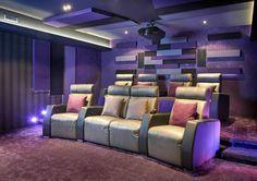 Planifier un cinéma maison - le processus de réalisation et le choix des professionnels. Par Maria Deschamps