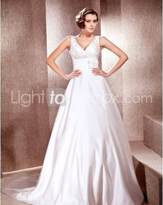 Just as pregnant brides should put on maternity wedding dresses, every bride also ought to pick out their own special and fitted wedding dresses. Here is the V-neck Cathedral A-line Wedding Dresses With Flowers Draping right for you. Strapless gown with sweetheart pleated asymmetrical bodice, mille-feuille organza full skirt,