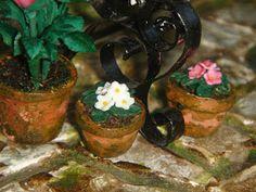 My little little dream: Фиалки и розы из пластики.1:12