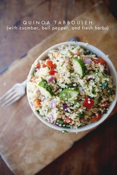 Quinoa Tabbouleh via Kitchy Kitchen Dinner Party Recipes, Winter Dinner Recipes, Vegetarian Recipes, Cooking Recipes, Healthy Recipes, Quinoa Tabbouleh, Tabbouleh Recipe, Clean Eating, Healthy Eating