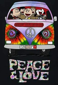 Snoopy just a hippie at heart, why Woodstock is his buddy. Hippie Peace, Happy Hippie, Hippie Love, Hippie Chick, Hippie Art, Snoopy Images, Snoopy Pictures, T3 Vw, Volkswagen
