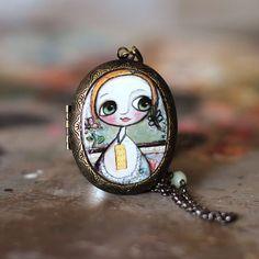 Bambina occhi grandi  - Collana cammeo - arte Margherita Arrighi - La promessa