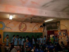 Sala de Biologia pintada pelos Anjos Pintores