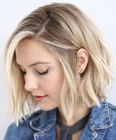 Canapés of long hairstyles Bob; It is, in the first place, among the hair styles that all ladies love very much. Canapés of long bob… Continue Reading → Bob Style Haircuts, Blunt Bob Hairstyles, Lob Hairstyle, Trending Hairstyles, Layered Haircuts, Straight Hairstyles, Pixie Haircuts, Hairstyle Ideas, Easy Hairstyles